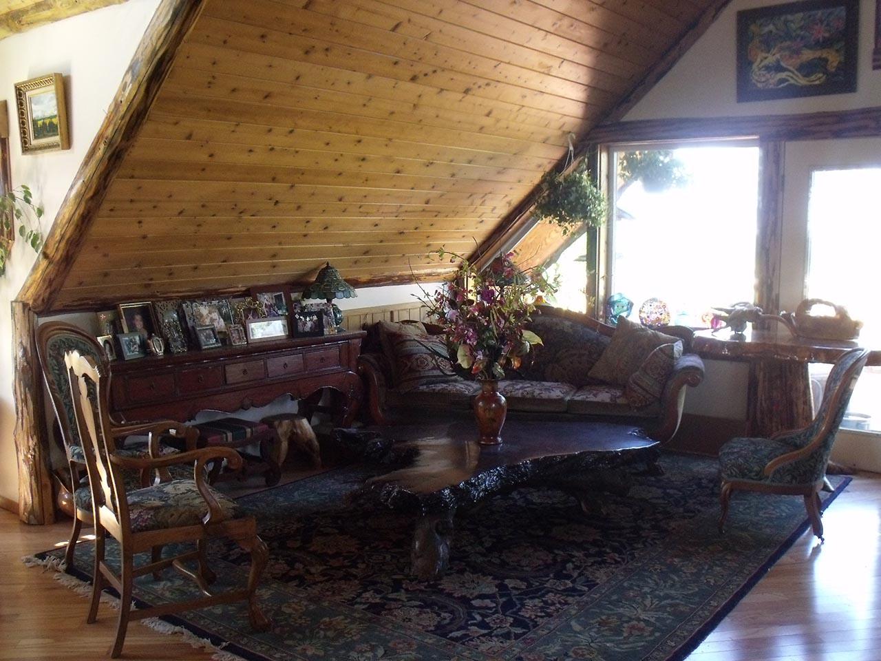 B&B living room.