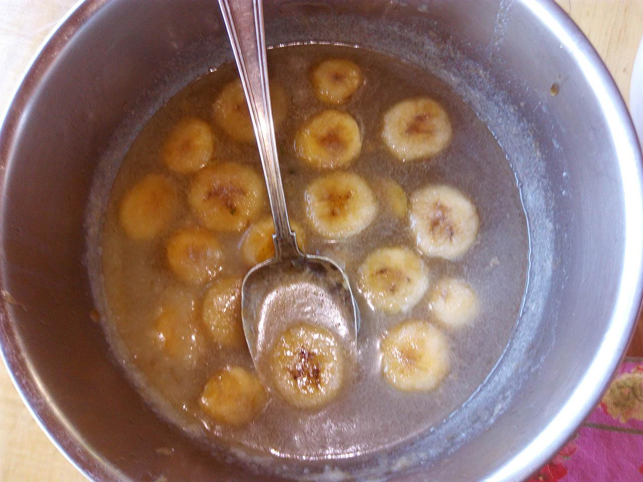 Fried bananas.